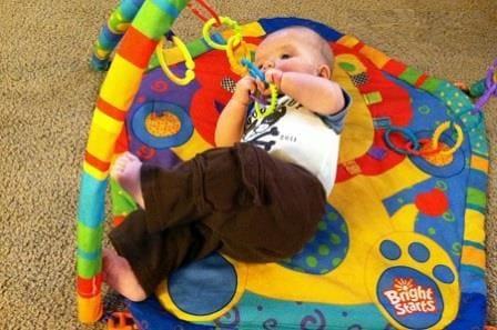Занятия с ребенком в 3 месяца