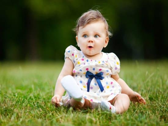 Когда ребенок сам сядет
