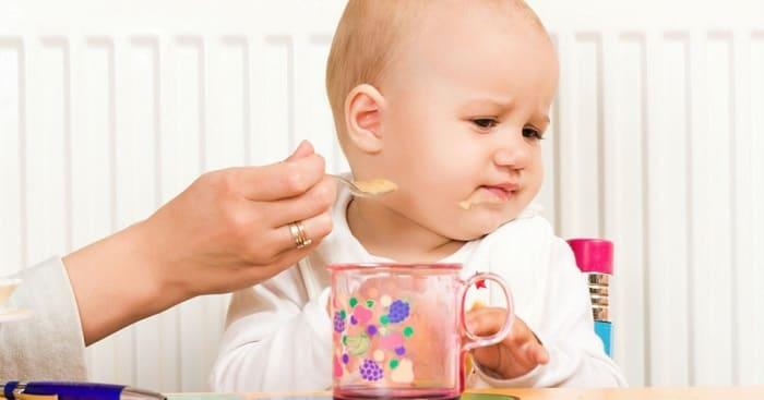 Что делать если ребенок не ест прикорм