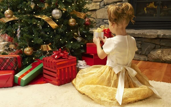 20 необычных подарков для трехлетней девочки на Новый год